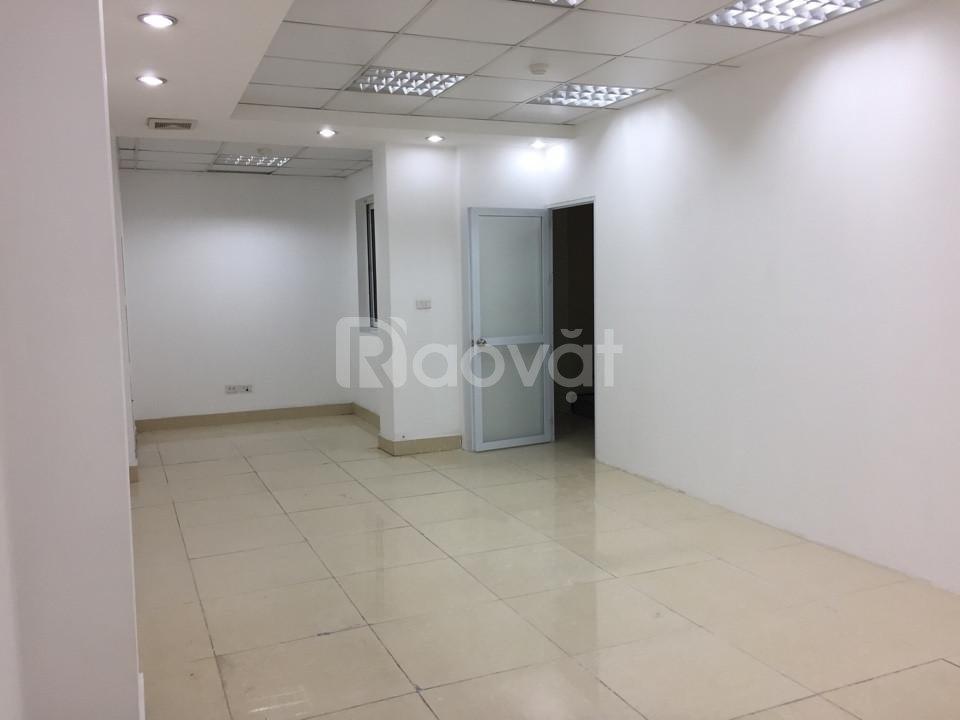 Cho thuê văn phòng giá rẻ khu vực trung tâm quận Ba Đình, Hà Nội