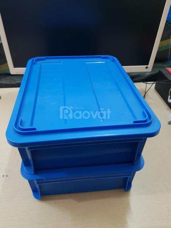Thùng nhựa đặc B7, hộp nhựa có nắp B7
