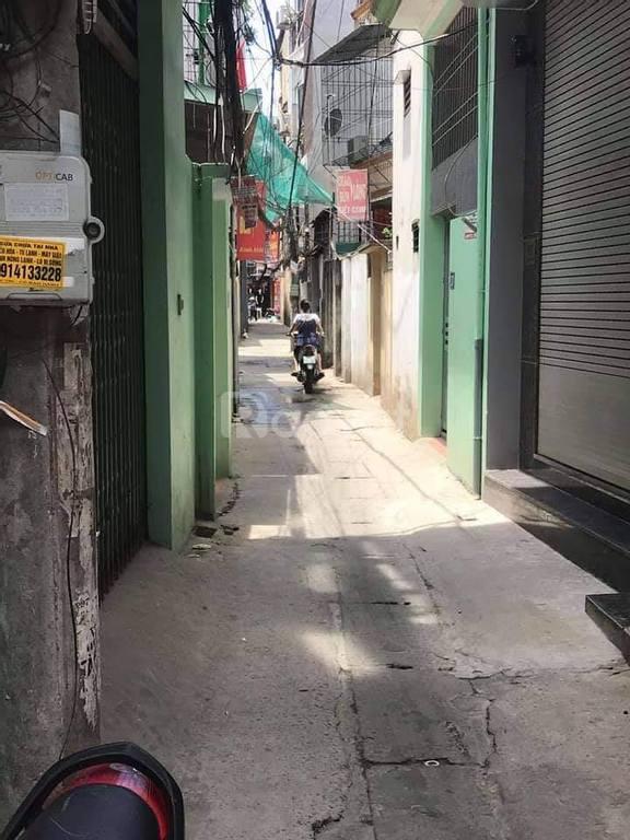 Bán nhà Định Công, ngõ ba gác, 55m2*4T, MT 5.5m