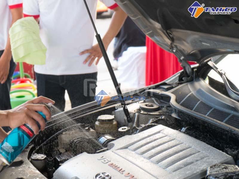 Dung dịch vệ sinh động cơ ôtô 3M
