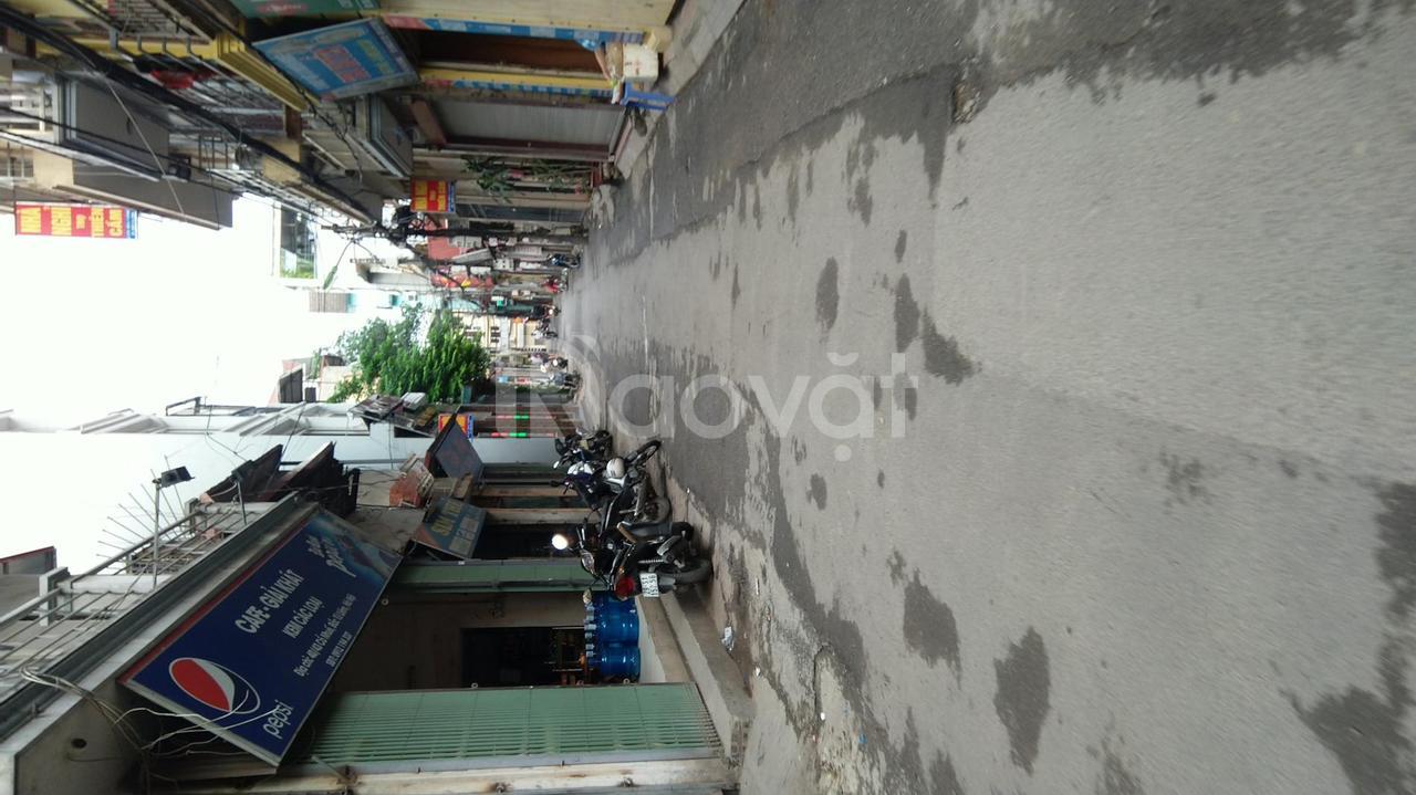 Bán gấp nhà gần Thành Phố Giao Lưu, đường ôtô 39mx5T