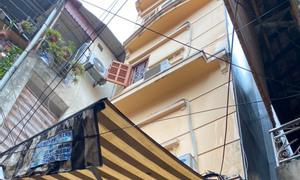 Chính chủ cho thuê nhà Hai Bà Trưng, 30m x 4 tầng, nội thất cơ bản