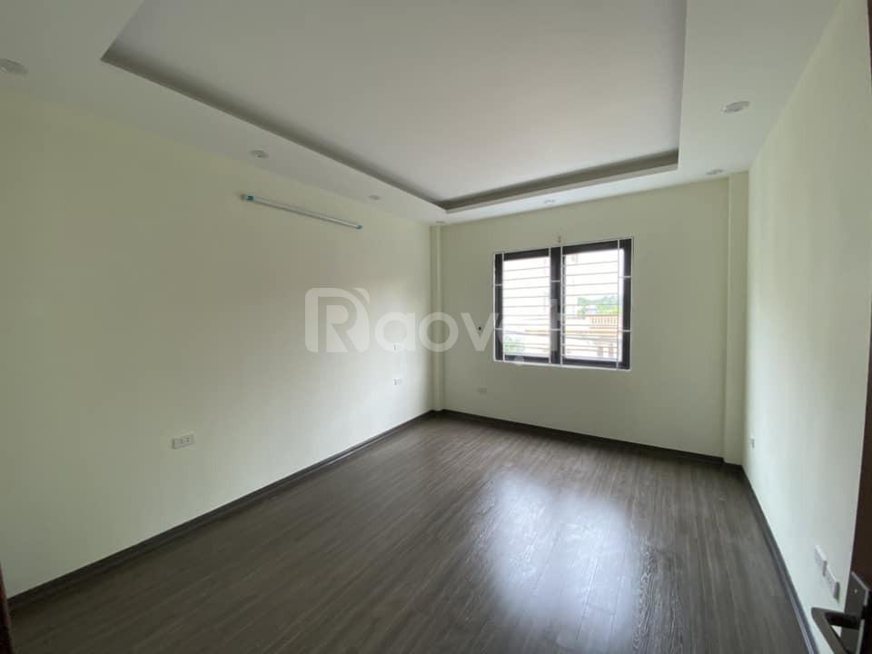 Cần bán nhà Đức Diễn 30m, 5 tầng