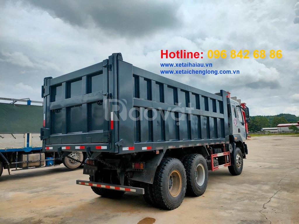 Bán xe tải ben Chenglong Hải Âu 3 chân cầu láp máy cơ, thùng vuông