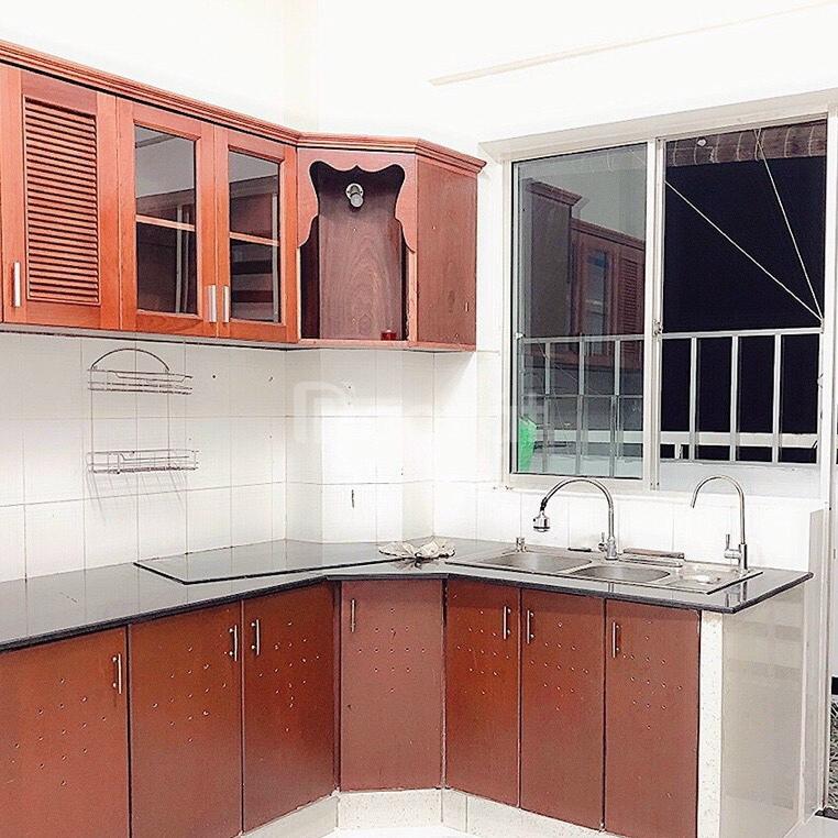 Cần bán gấp căn hộ Bông Sao, Q.8, DT 68m2, 2 phòng ngủ