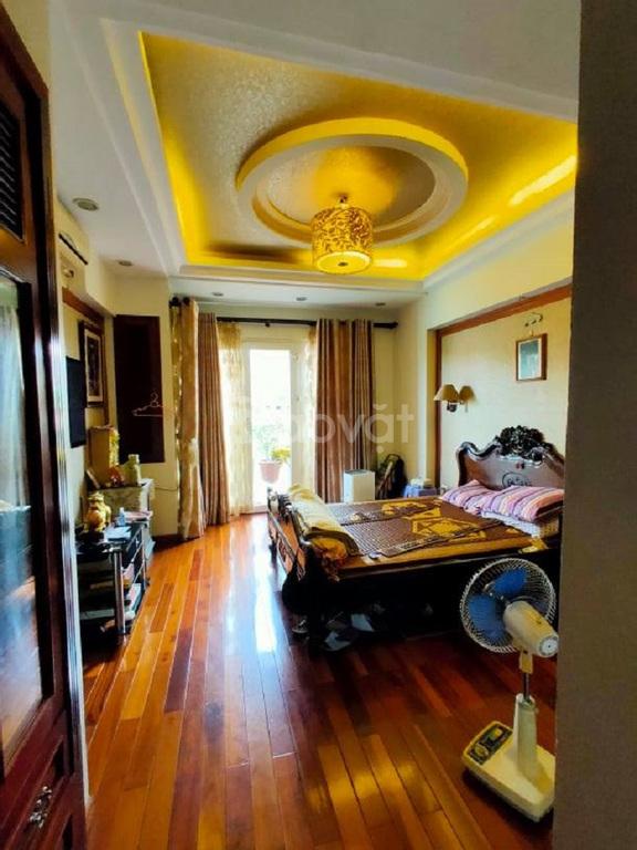 Bán gấp nhà Miếu Đầm, Nam Từ Liêm, 98 m2, 5 tầng, vỉa hè rộng, KD tốt