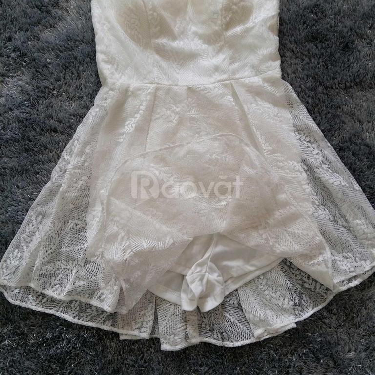 Jumsuit ren giả váy đẹp màu trắng
