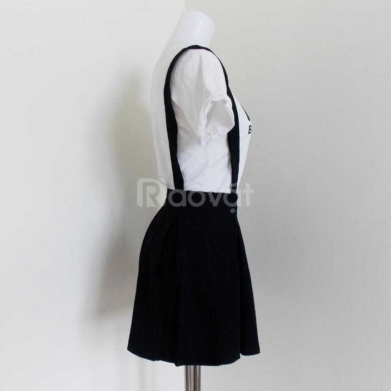 Thanh lý set áo thun chân váy yếm