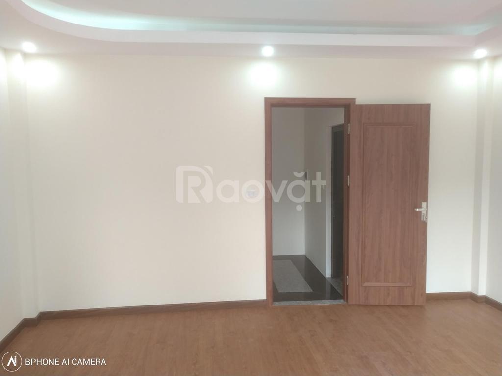 Bán nhà phường Thụy Phương, 36m2*5T xây mới, nội thất cơ bản, ôtô