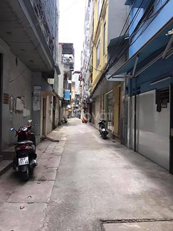Bán nhà Nguyễn Trãi ngõ rộng, kinh doanh tốt , ô tô qua nhà, 38m