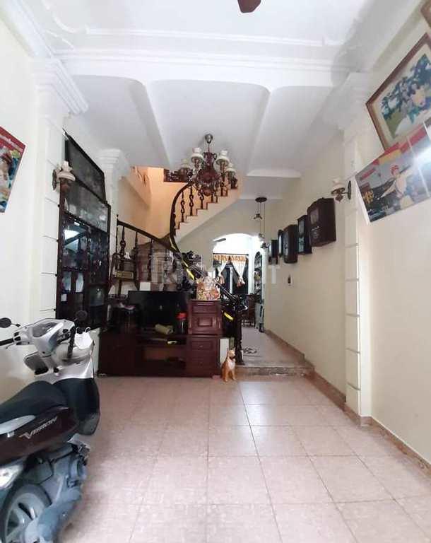 Chính chủ bán nhà mặt phố Bạch Mai sầm uất, nở hậu 40m2
