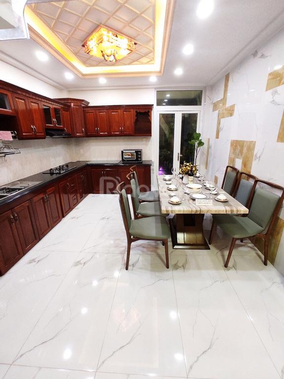 Nhà quận Bình Tân, đại lộ Võ Văn Kiệt, 1 trệt, 3 lầu