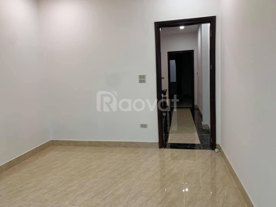 Cần bán nhà Thụy Khuê, 30M2, 5T, 3,5MT