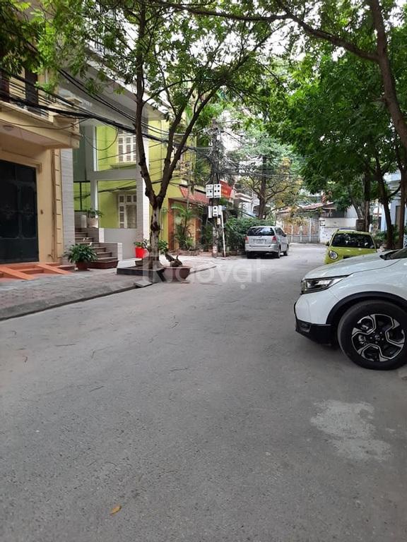 Bán nhà Võ Chí Công, Xuân La, ô tô tránh nhau, KD, 5 tầng 75m2