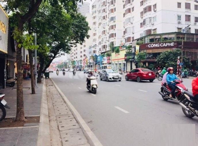 Bán nhà MP Phạm Ngọc Thạch lô góc, 80m2*5T, thang máy, MT 4,5m