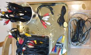 Thanh lý các loại dây cáp kết nối, dây sạc điện thoại