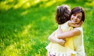 Tìm người trông trẻ gọi dịch vụ trông trẻ Sao Mai là có người