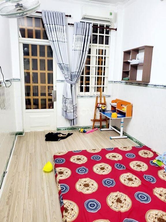 Bán nhà nhỏ xinh đường Nguyễn Ngọc Lộc, Phường 14, Quận 10