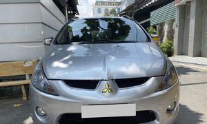 Bán Mitsubishi Grandis 2009, số tự động, màu bạc