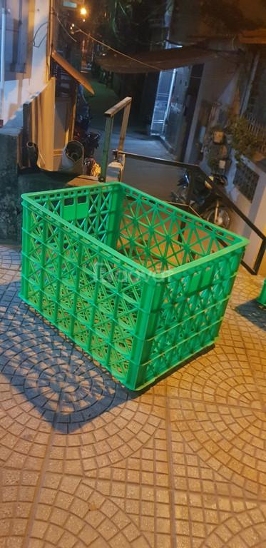 Sóng nhựa rỗng HS022, sọt nhựa 8 bánh xe, thùng nhựa rỗng