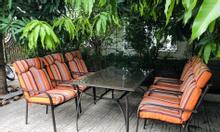 Bộ bàn ghế khung sắt kèm đệm màu cam