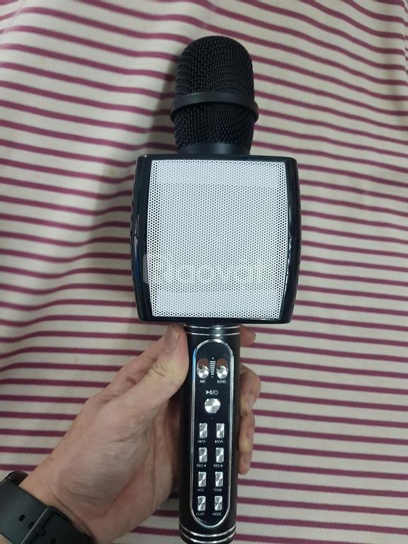 Micro karaoke bluetooth YS-91, âm thanh nghe rất hay, loa to và rõ