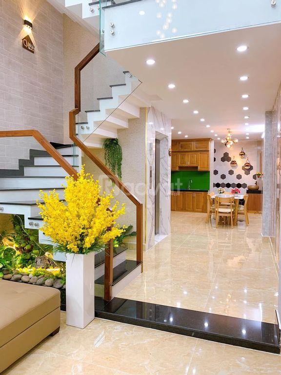 Bán nhà đẹp 4 tầng sổ hổng riêng đường số 8 Gò Vấp
