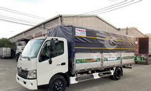 Xe Hino XZU730L thùng dài 5m6 trả trước 10-20% giao xe ngay