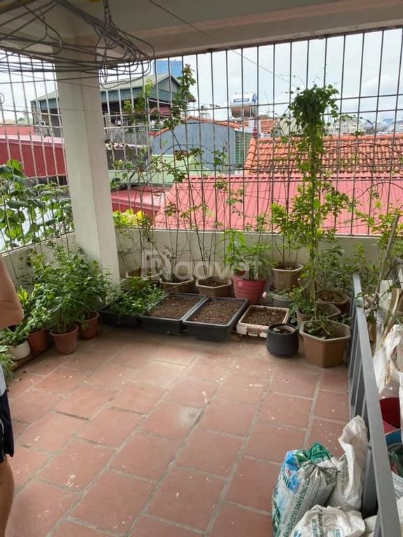 Bán nhà đẹp Võng Thị, 5 tầng x 40m2, view Hồ Tây