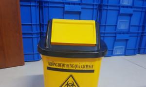 Thùng rác nắp lật 5 lít, thùng rác y tế 5 lít treo xe tiêm, thùng rác xe tiêm 5 lít