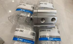 Xy lanh nhỏ gọn SMC CQ2KB32-20DZ