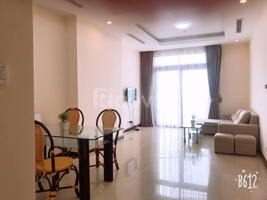 Bán gấp căn hộ Royal City 103m2, 2PN