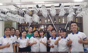 Lớp học nấu ăn ban đêm tại Đà Nẵng