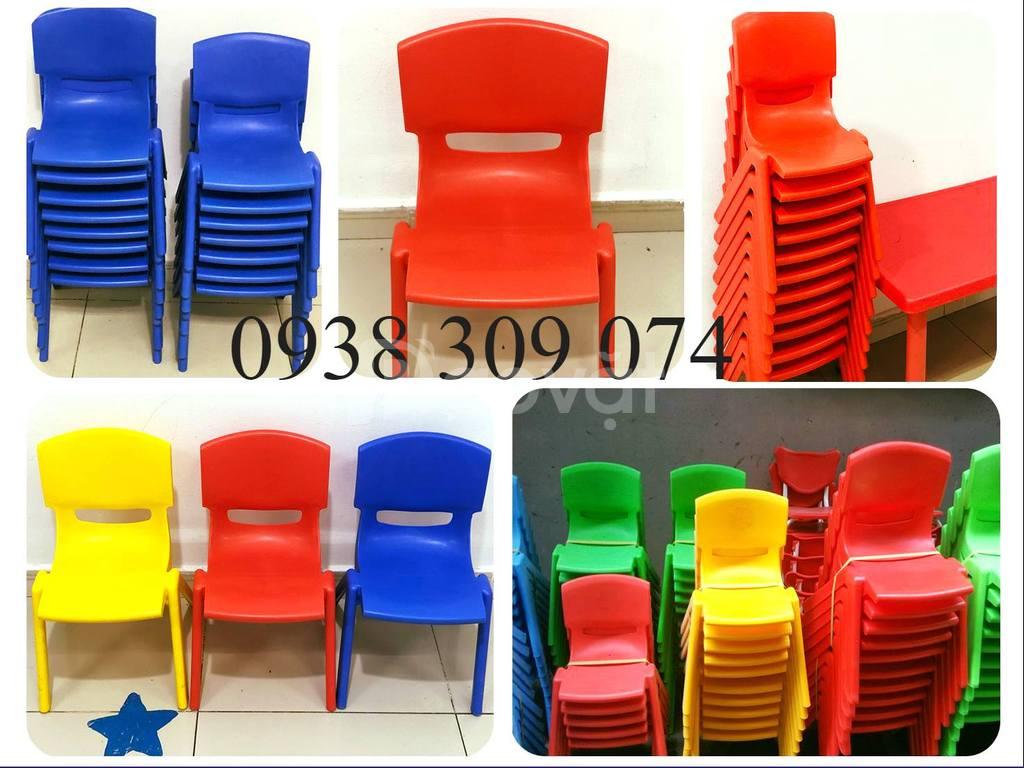 Bàn ghế nhựa mầm non giá rẻ, bàn ghế mầm non chất lượng cao