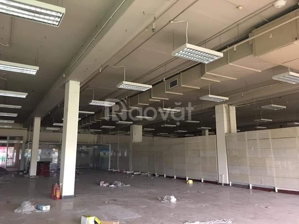 Cho thuể mặt bằng kinh doanh dịch vụ tại KCN Quang Minh, 93m2