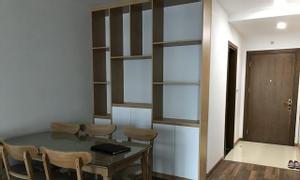 Chính chủ bán căn hộ 2PN, full nội thất, chung cư Vinhome Skylake
