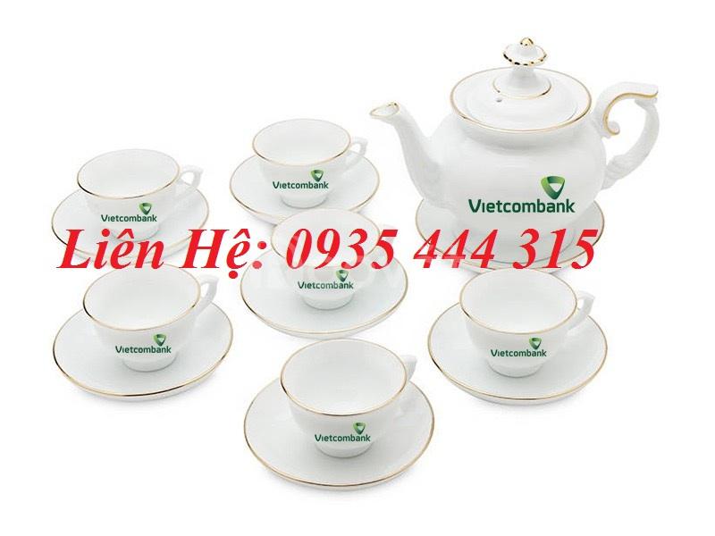 In logo lên bộ ấm trà, cốc sứ, chén dĩa ở Đà Nẵng