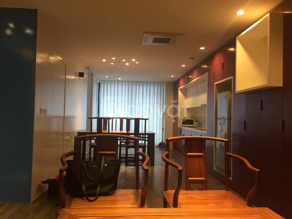 Cho thuê căn hộ Goldseason 88m2, 2 phòng ngủ, full đồ, có chỗ để ôtô
