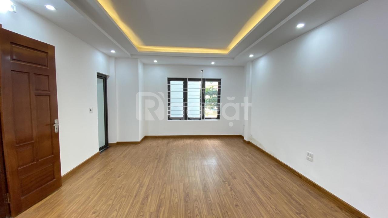Bán gấp nhà riêng Mai Dịch, Cầu Giấy, Hà Nội. 35m2x5T lô góc, ô tô cách 50m