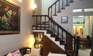 Chính chủ bán gấp nhà phố Phạm Ngọc Thạch, ba gác tránh, 40m2x5T