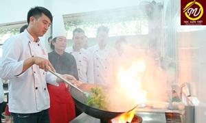 Trường Trung cấp nấu ăn Hà Nội mở các lớp học nấu ăn