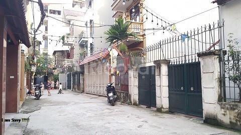 Chính chủ bán cắt lỗ nhà phố Hoàng Hoa Thám 56m2*4T.MT 6.5m