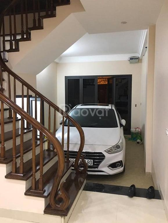 Bán nhà Kim Ngưu, DT 60m2, MT 4.2m, gara ô tô, kinh doanh