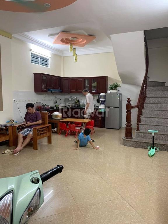 Bán nhà đẹp ngõ 197 đường Hoàng Mai