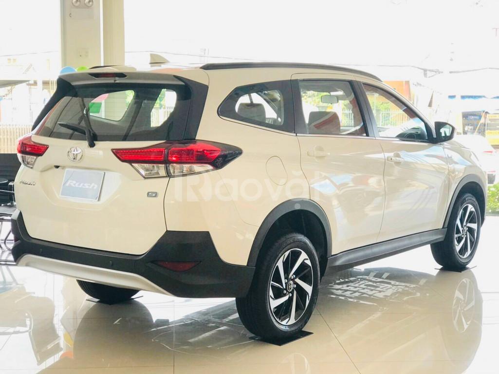 Xe Toyota Rush 2020 nhập km lớn, bán trả góp