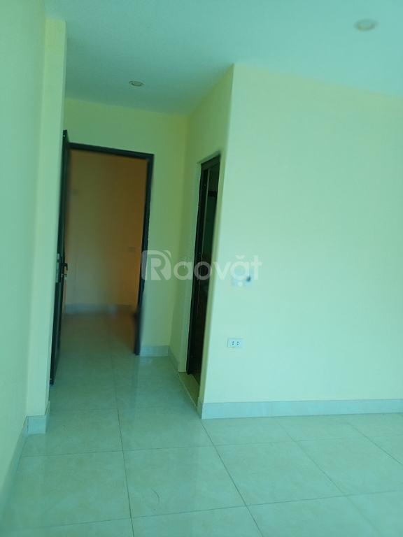Bán nhà mới tiền nhỏ gần khu đô thị Vân Canh