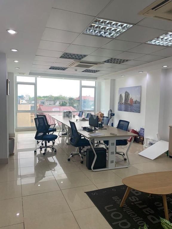 Cho thuê văn phòng tại đường Quán Thánh