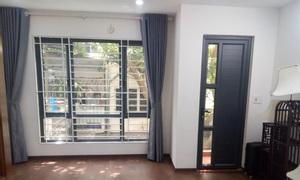 Bán nhà mới tinh trung tâm Hai Bà Trưng, ngõ rộng đón nắng