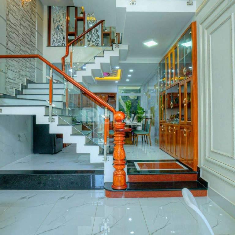 Cần bán gấp nhà 1 trệt, 1 lửng, 3 lầu, P.An Lạc, Q. BT