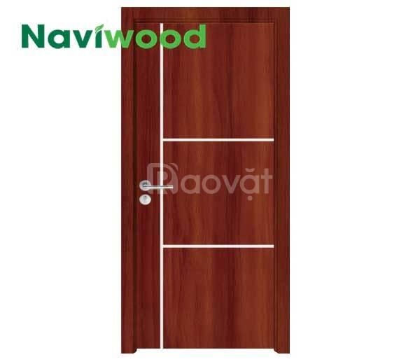 Cửa gỗ nhựa composite Naviwood cho cửa khách sạn